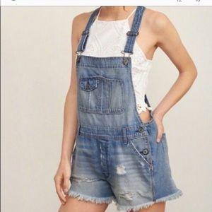 Abercrombie overall shorts